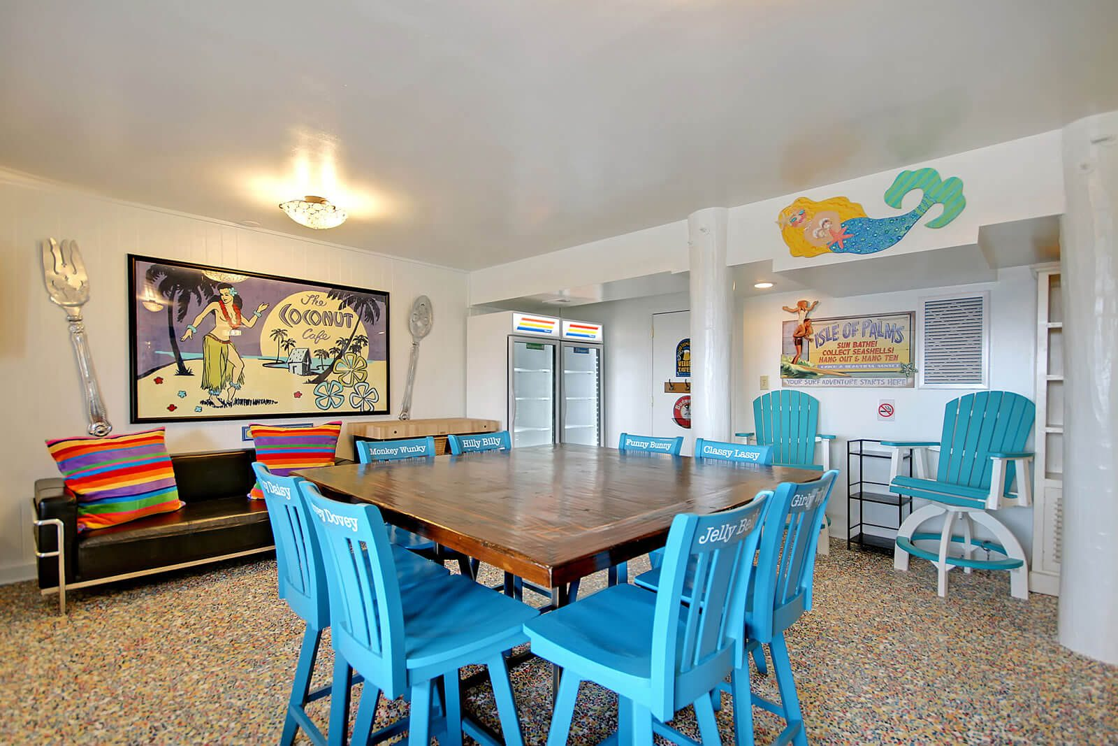 Casa Flamingo First Floor Rec Room Table - Isle of Palms, SC